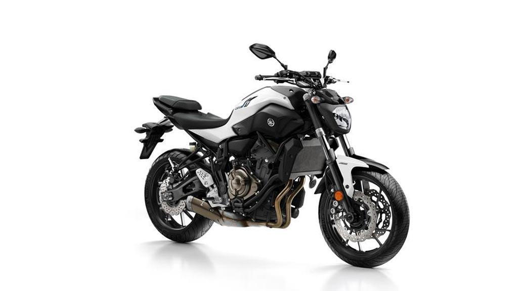 Yamaha MT 07 zwart wit