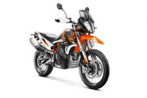 349180_890 R Adventure MY21 Front-RightMY21 KTM 890 ADVENTURE Model Range - Studio