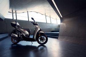 Honda SH300i Mat Silver Metallic