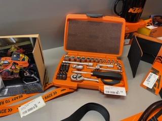 KTM merchandise vaderdagkorting