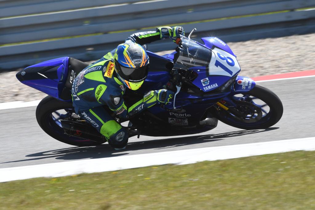 Thom Molenaar Yamaha R3 Cup